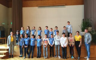 Gruppenfoto mit Kindern KISI Club Jonschwil (CH)